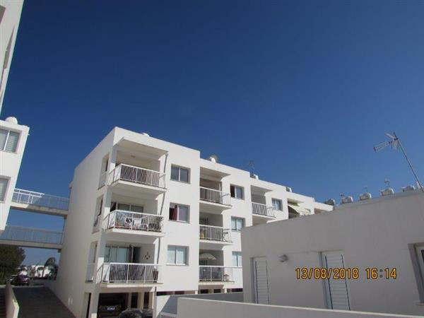REF: RENTED!  PA48B – Furnished two bed apart, top floor with communal pool- €400pcm