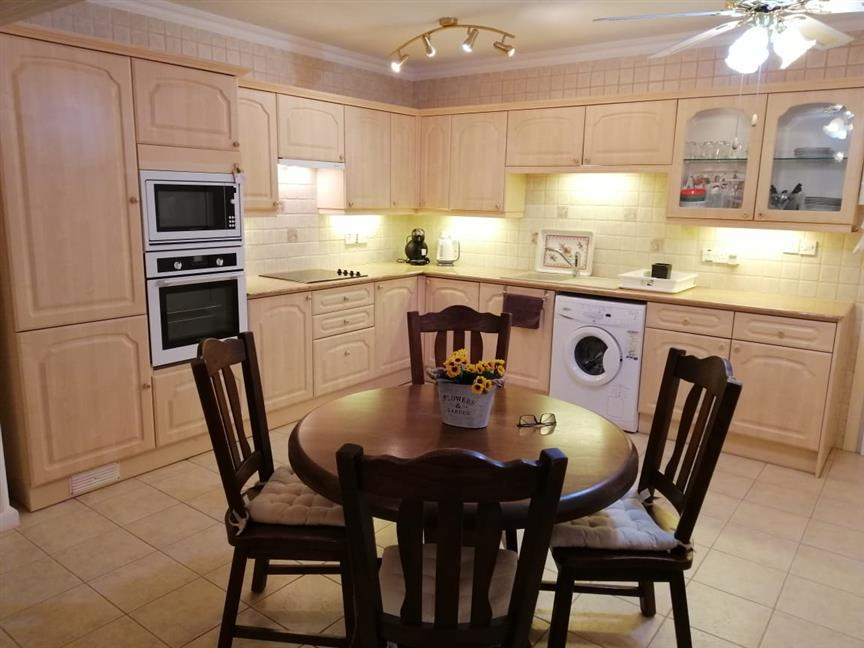 Not available! REF:  SCA11 AVAILABLE FROM SEPT 19 – 2 BED GREAT LOCATION
