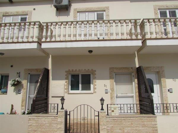 REF:  ASTH51 Two Bedroom Town House, Freneros €500pcm