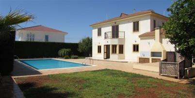 REF:  KV67 Large Unfurnished Three Bedroom with Private Pool, underfloor heating and central vacuum.