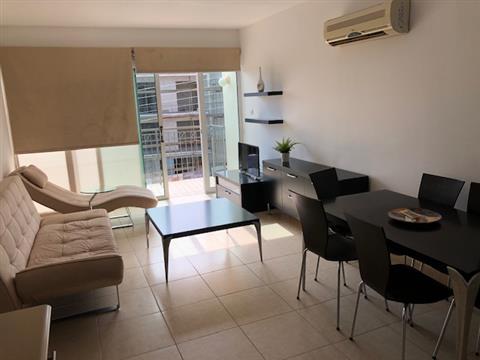 REF:  YCG2-202 Top Floor two bed modern apt €450pcm