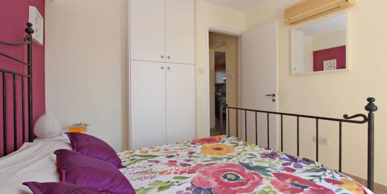 10 CHN112 Bedroom