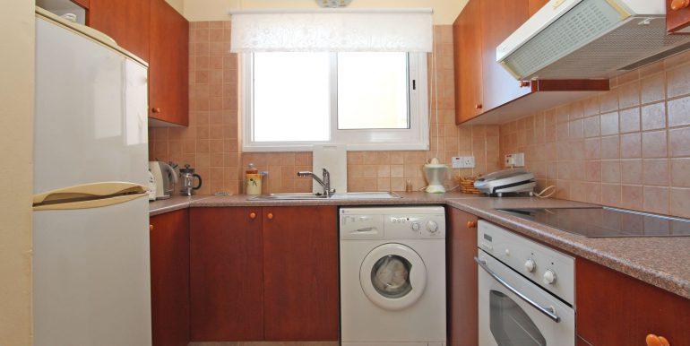 7 CHN112 Kitchen
