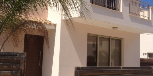 REF:  MV15 Two Bed Villa with private pool Unfurnished (with white goods) €550pcm