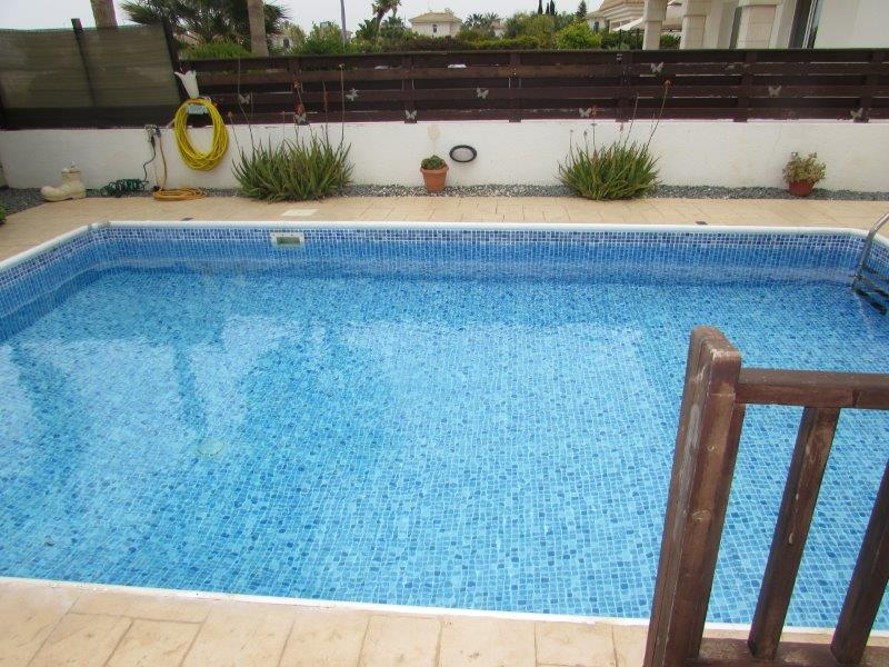 BWBV21 Three Bedroom Villa with Private Pool and Sea View ONLY €800 pcm