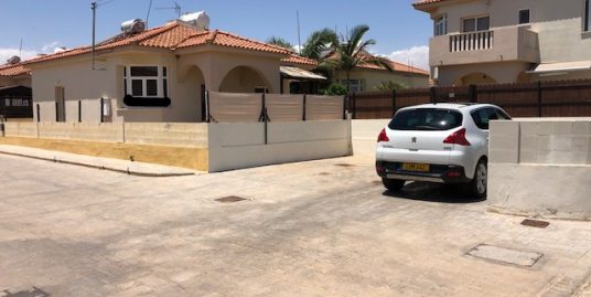 REF:  CG14 Bungalow Liopetri Three Bed with private pool €650 per month l2 month tenancy