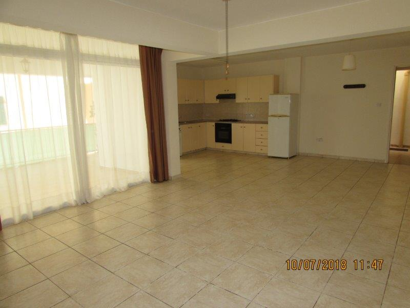 REF:  NSA8 – Three Bed, Unfurnished, Ground Floor Apt – Dherynia ONLY €450 pcm (non-neg)
