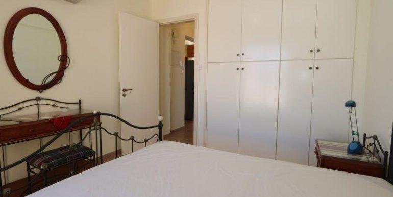 8 CHN115 Bed 2