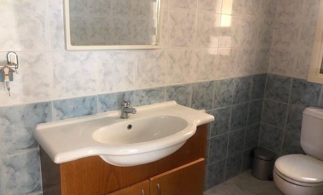GMV5 Guest WC